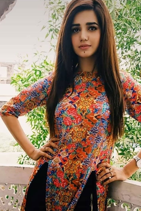Anum Asad in beautiful dress
