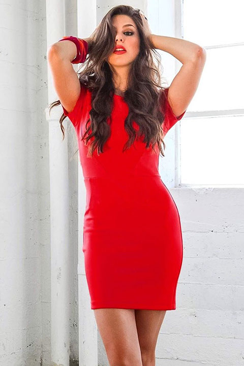 Kira Kosarin giving curvy look in her red dress and red lipstick