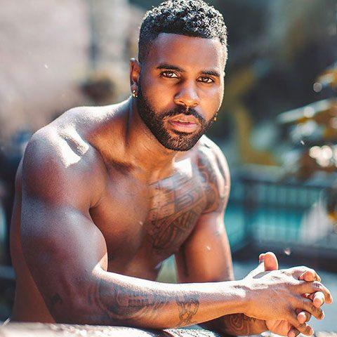 Jason Derulo is showing his beautiful tattoo made on his body