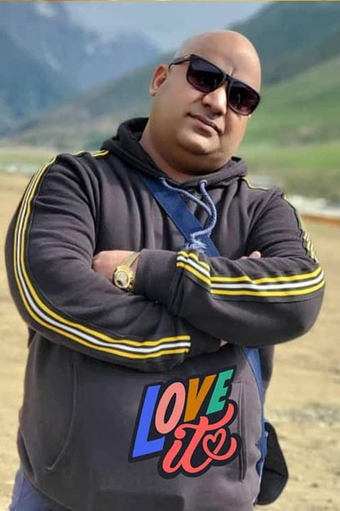 Bhola Record in hilly area and posing style for picture